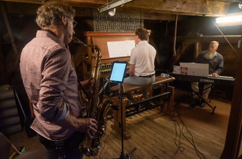 Nieuwe mogelijkheden rond carillon door aanschaf audio-apparatuur